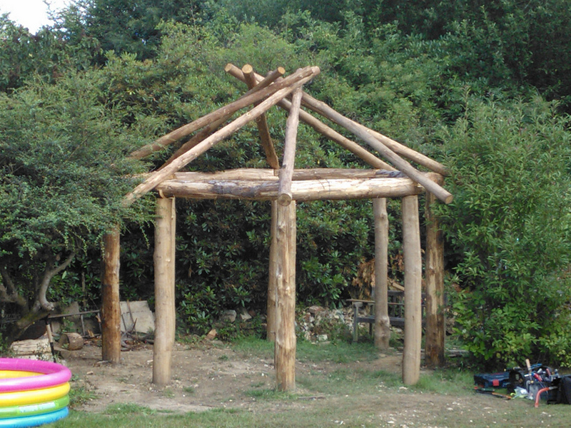 Reciprocal roof frame